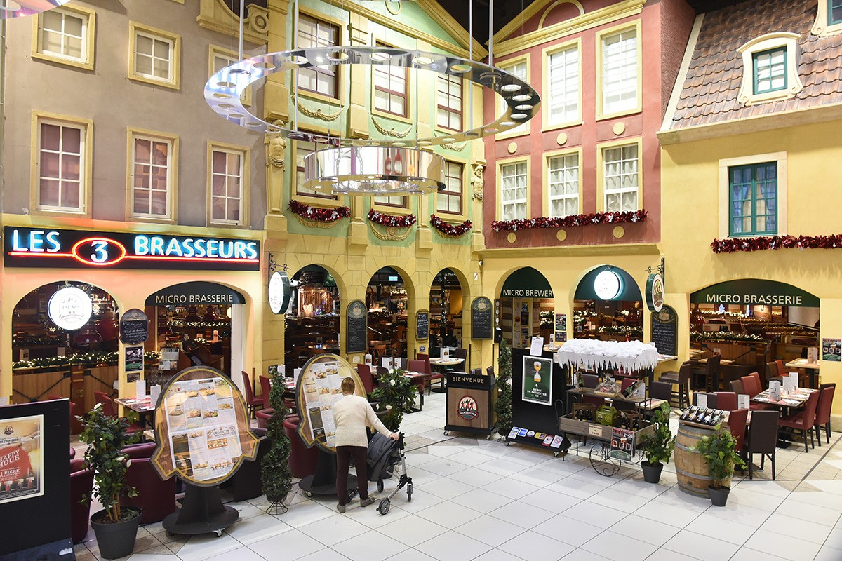 Les 3 brasseurs shopping centre carrefour cit europe for Cocktail 3 brasseurs
